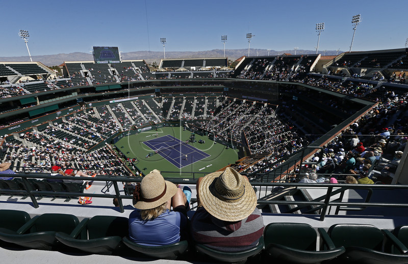 People watch from the top of the stand during the Karolina Pliskova of Czech Republic match against Belinda Bencic of Switzerland during the BNP Paribas Open tennis tournament at the Indian Wells Tennis Garden in Indian Wells, California, USA, 14 March 2019. The men's and women's final will be played, 17 March 2019. EPA-EFE/LARRY W. SMITH