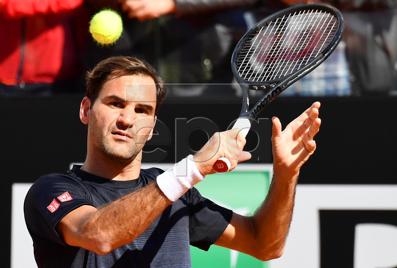 Switzerland's Roger Federer performs during a training session at the Italian Open tennis tournament in Rome, Italy, 14 May 2019. EPA-EFE/ETTORE FERRARI