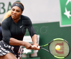 Serena Williams of the USA plays Kurumi Nara of Japan during their women?s second round match during the French Open tennis tournament at Roland Garros in Paris, France, 30 May 2019. EPA-EFE/CAROLINE BLUMBERG