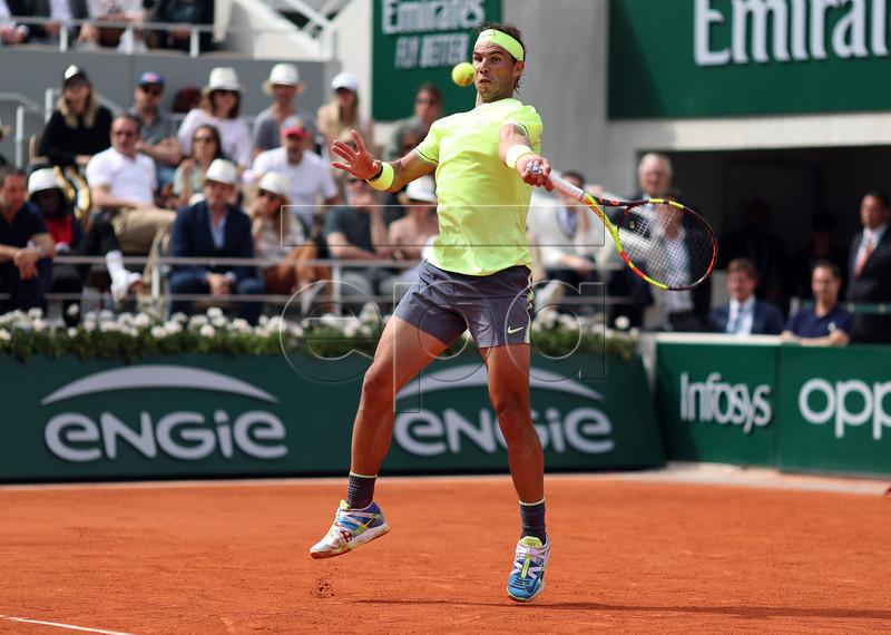 Rafael Nadal of Spain plays Dominic Thiem of Austria during their men?s final match during the French Open tennis tournament at Roland Garros in Paris, France, 09 June 2019. EPA-EFE/SRDJAN SUKI